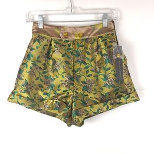 NWT House of Harlow 1960 Floral Shorts Size XS